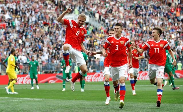 Russia defeated Saudi Arabia 5-0 in first match