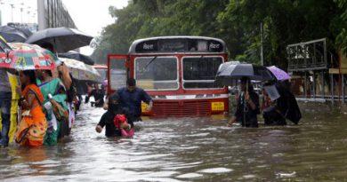 Mumbai-Waterlogging-in-heavy-rain