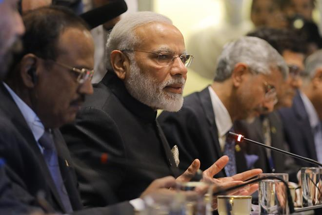 PM-Modi-meeting-these-leaders-in-South-Africa