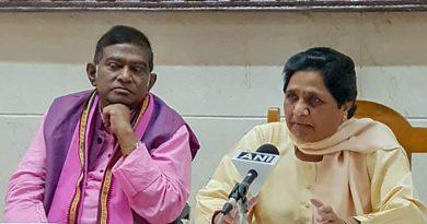 Mayawati-gives-big-blow-to-Congress