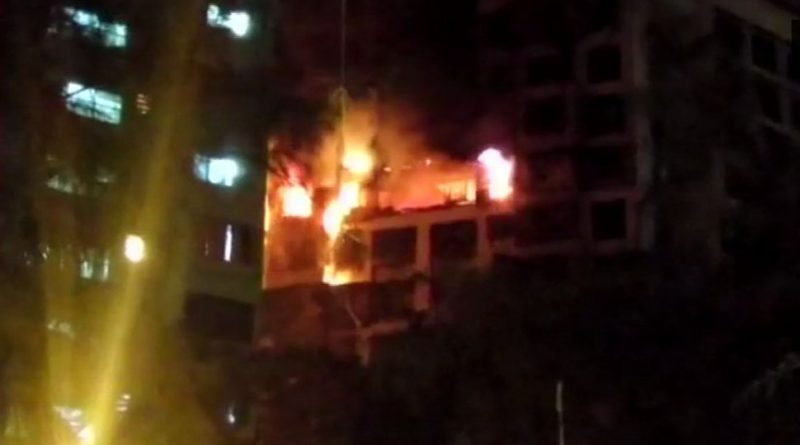 Fire-in-a-16-storey-building-in-Mumbai